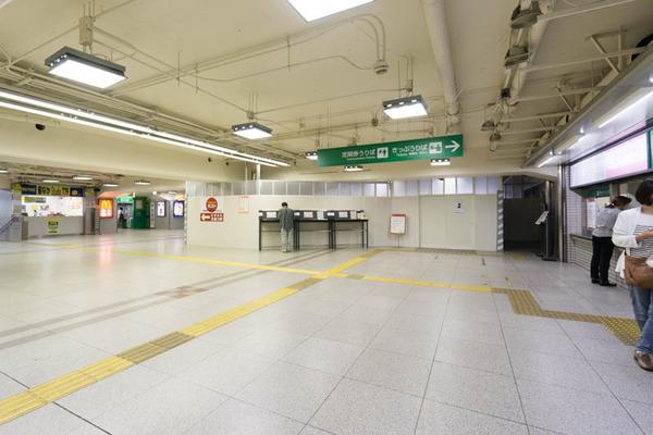 枚方市駅2-1804233