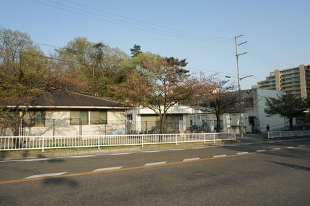 香里ケ丘図書館-1