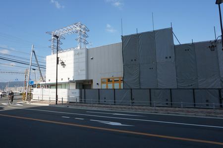 京阪ザ・ストア牧野店解体131105-02