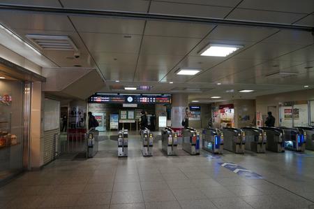 樟葉駅バスモニター130129-10