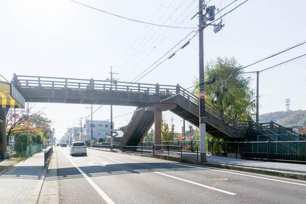 歩道橋-1711281
