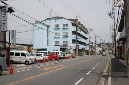 セブンイレブン枚方東船橋店130724-11