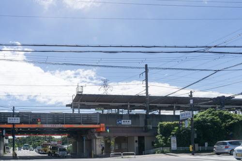 藤阪駅前-15082601