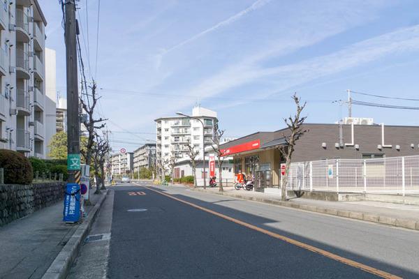藤阪郵便局-1803075