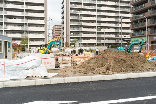 津田駅前-1411129