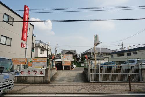 三菱東京UFJ銀行駐車場