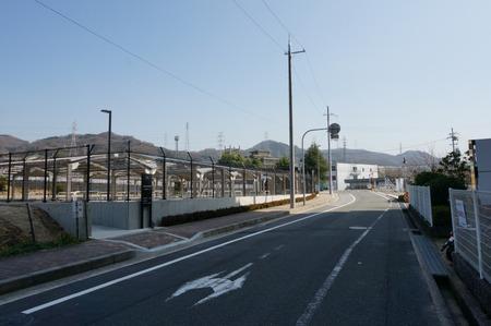 津田東自転車駐輪場130319-04