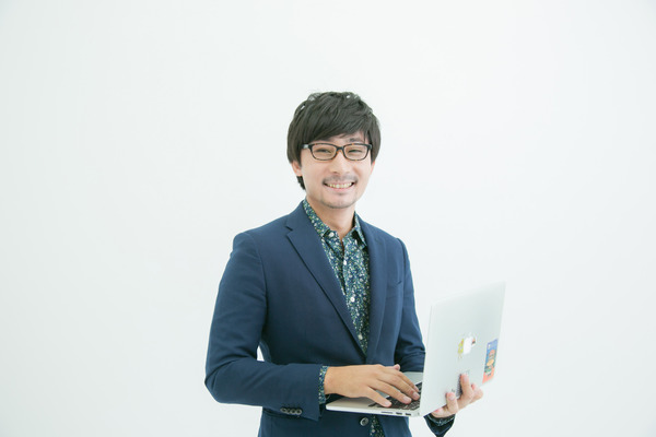 Hironari Okada3