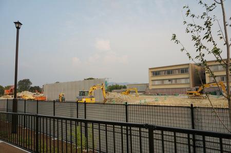 枚方茨木線歩道設置工事130815-28