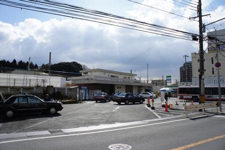 長尾駅120208-01