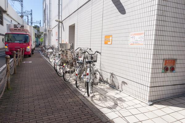 枚方市駅駐輪場-1610174