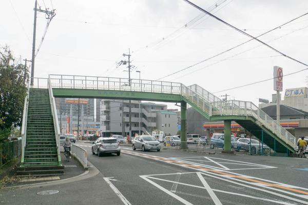 歩道橋-17113011