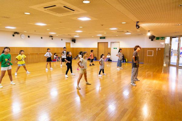 dance-18072836