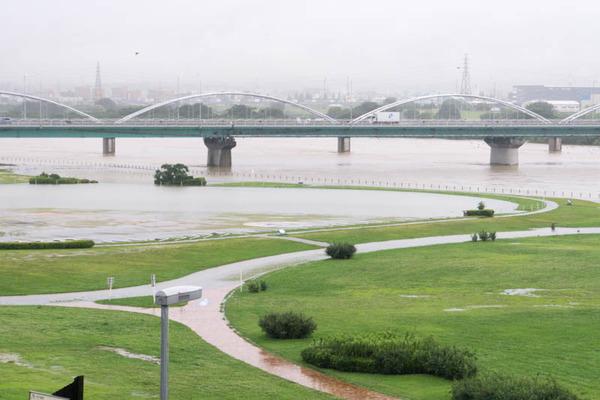 河川公園2-1807061