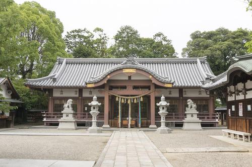 百済王神社の桜-1