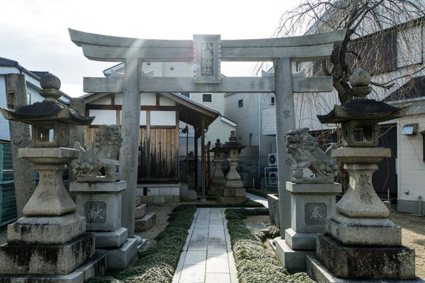 八幡神社-15122501