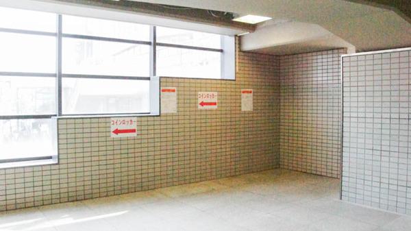 枚方市駅-1802223