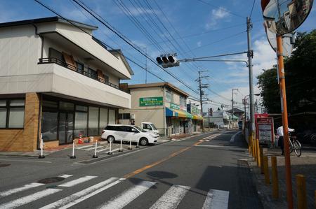 セブンイレブン枚方村野駅前店130720-05