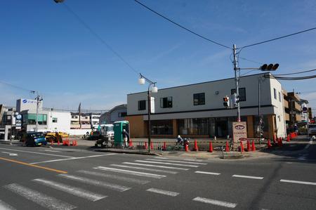 セブンイレブン枚方長尾家具町2丁目店130212-08