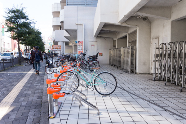 枚方市駅駐輪場-16101710