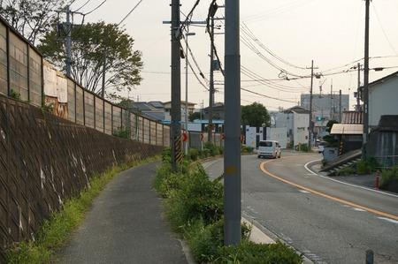 枚方茨木線歩道設置工事130815-52