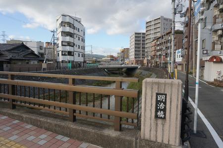 京阪牧野駅前24時間駐輪場131016-04