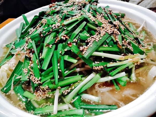 鍋4 モツ鍋1600円 臭みゼロ!出汁とプリプリもつを食せ!