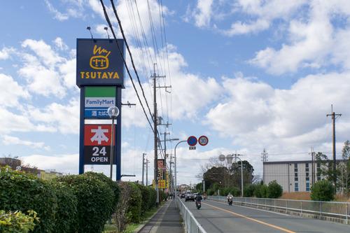 ファミリーマートTSUTAYA長尾店-15112701