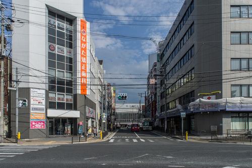 枚方市駅ロータリー-1408172