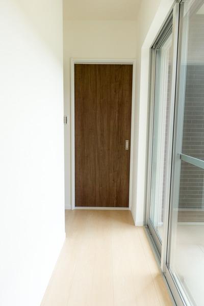 エクセランド菊丘1階廊下-1