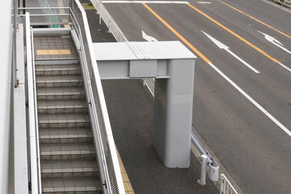 くずは歩道橋-1802153