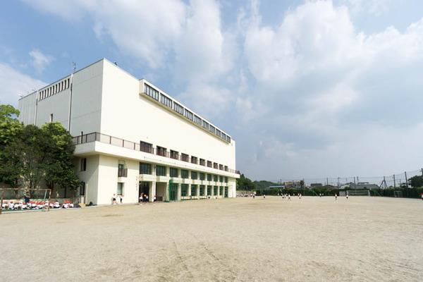 香里ヌヴェール学院-17062385