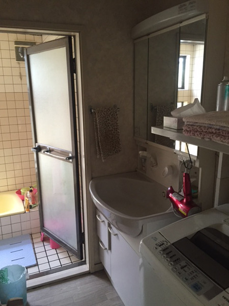 洗面所Before