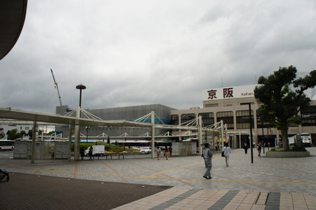 三菱東京UFJ銀行くずは支店20120829115639