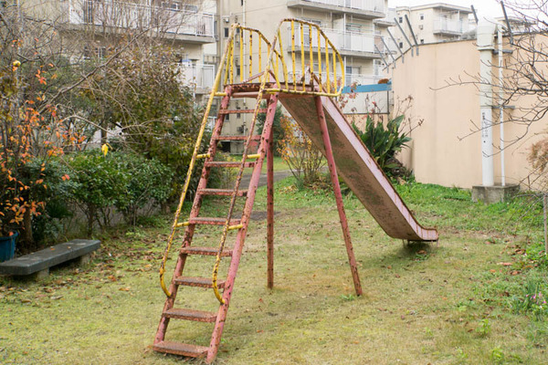 滑り台-1711301