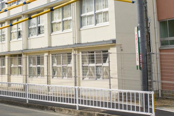 桜丘-2011031-2