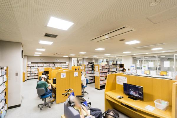 中央図書館-18082262