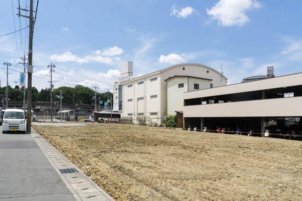 長尾駅前-1706135