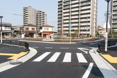 津田駅前-15031302