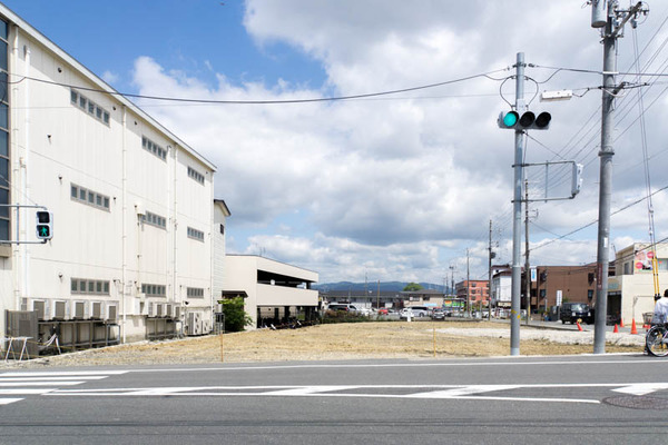長尾駅前-1706132