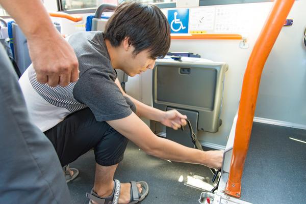 京阪バス-297