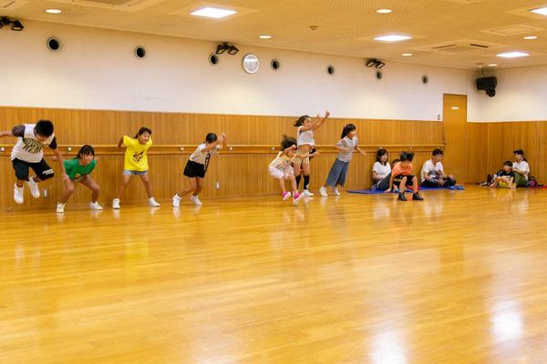 dance-18072827