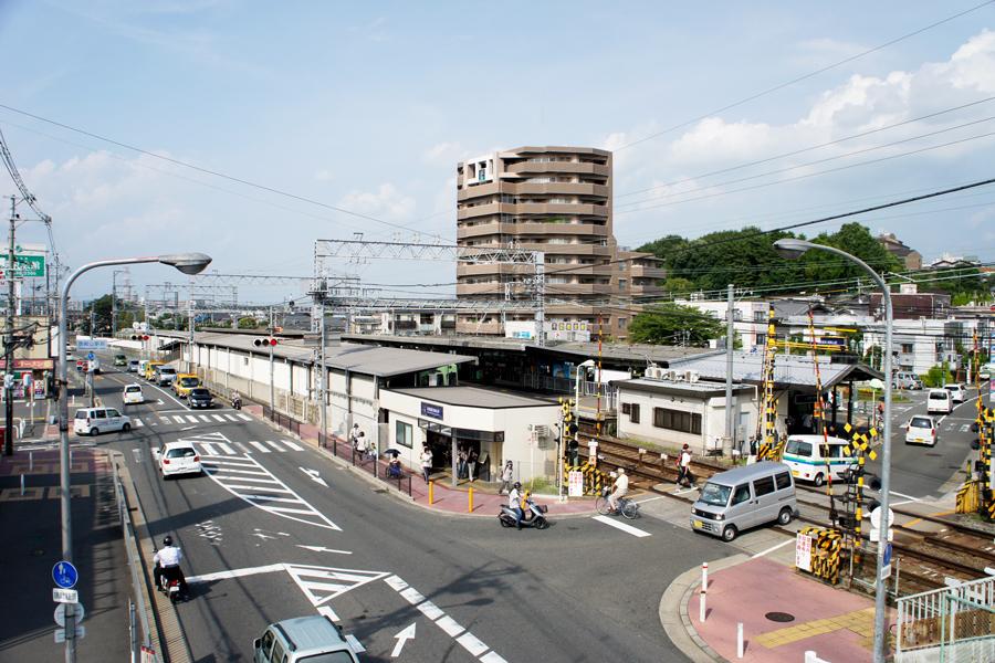 御殿山駅20120723