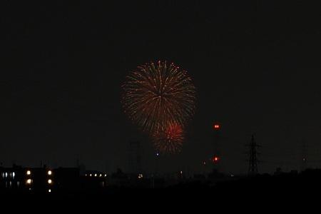 枚方から淀川花火130810-02