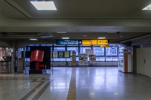枚方市駅ロータリー-14081712