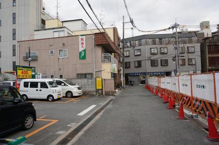 三井のリパーク京阪牧野駅前140105-03