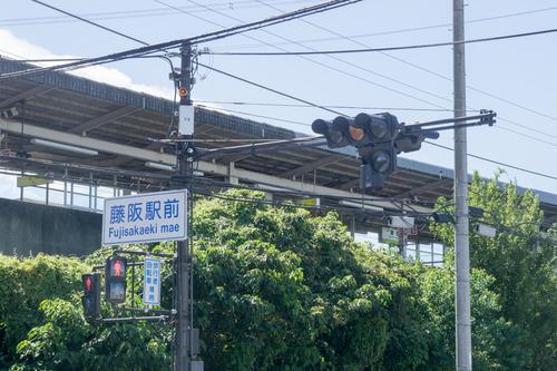 藤阪駅前-15082603