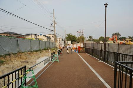 枚方茨木線歩道設置工事130815-22