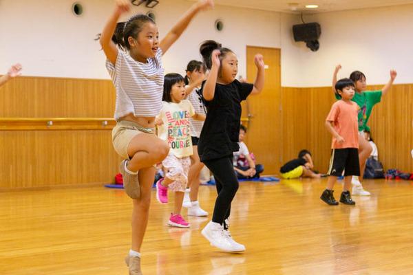 dance-18072882