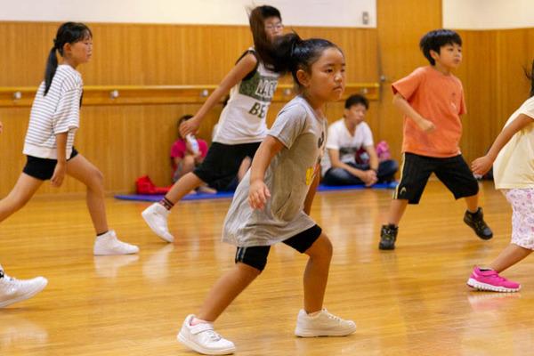 dance-18072861